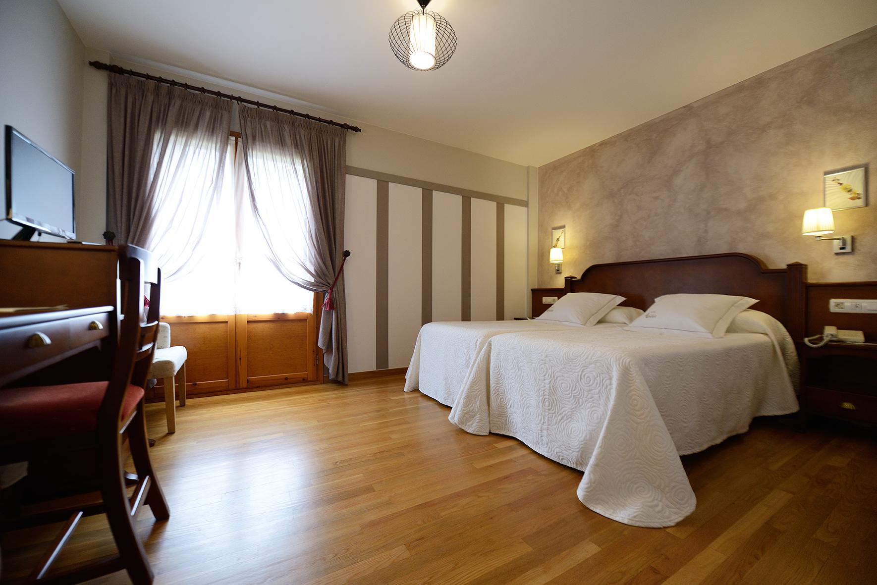 http://hotelabetos.es/wp-content/uploads/2016/07/DSC_2273-2.jpg